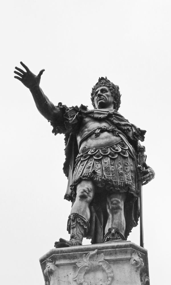 Darstellung des Kaisers Augustus am Augsburger Augustusbrunnen