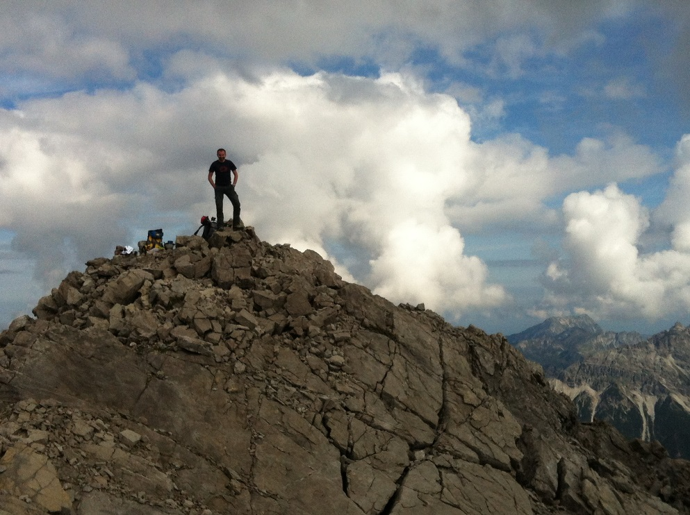 """""""Häselgehr - Haglertal - Luxnacher Sattel - Wolekleskar - Sattelkarspitze. Überschreitung! T5 II+ (eine Stelle beim Gipfelblock).  Danach ging es noch übers Wolekleskar ins Gliegerkar und weiter auf die Steinspitze 2349m."""""""