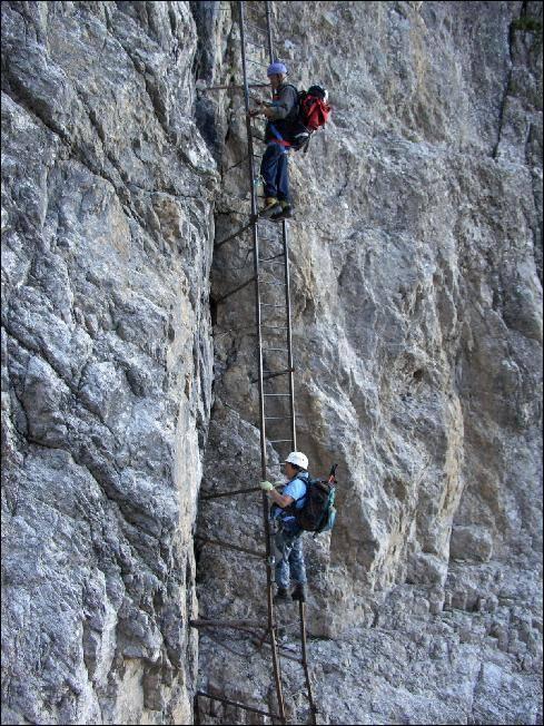 eine 20-Meter-Leiter lässt dann schon eher Klettersteiggefühle aufkommen ;-)