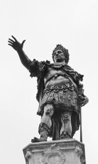 Augustusbrunnen - Kaiser Augustus