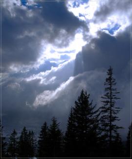 Wolkenstimmung über dem Säulinghaus
