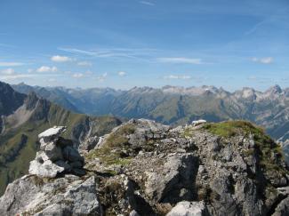 Karlesspitze