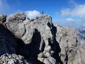 Grosse Schlenkerspitze 2827m