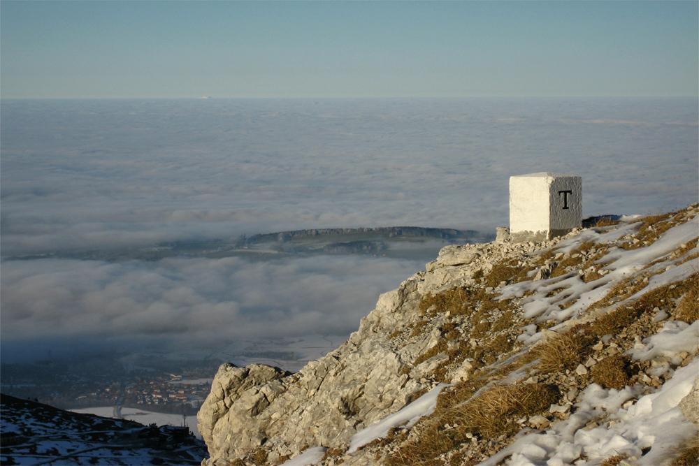 die Achsel mit Ausblick auf das Nebelmeer über Pfronten