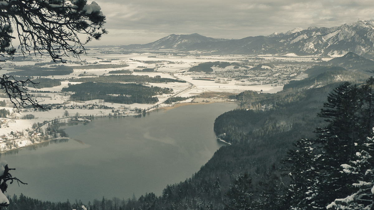 der Weißensee nördlich des Zirmgrates