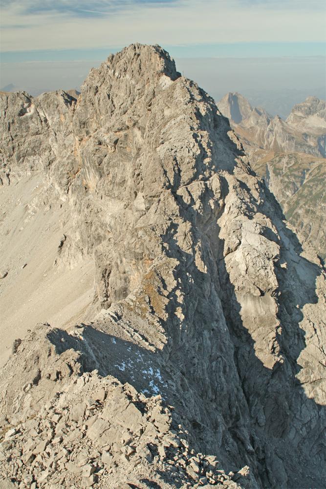 Ausblick vom Westgrat der Bretterspitze hin zu der Gliegerkarspitze