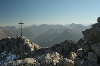 Gipfelkreuz der Bretterspitze