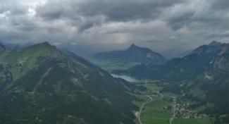Regen über dem Tannheimer Tal