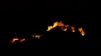 Ehrenberg bei Nacht