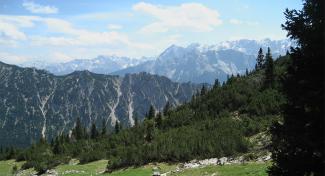 Grießberg mit Rauhenstein