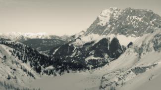Zugspitze und Sebensee