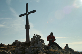 Gipfelkreuz an der Knittelkarspitze