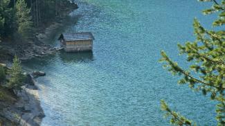 die kleine Hütte am See