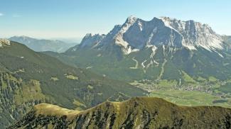 Ehrwald mit der Zugspitze