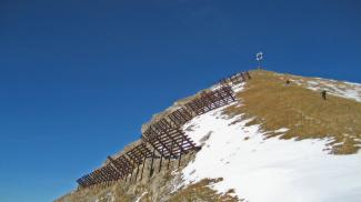 Lawinenverbauung an der Kohlbergspitze