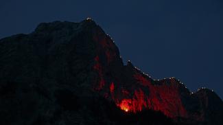 Herz-Jesu-Feuer an der Roten Flüh