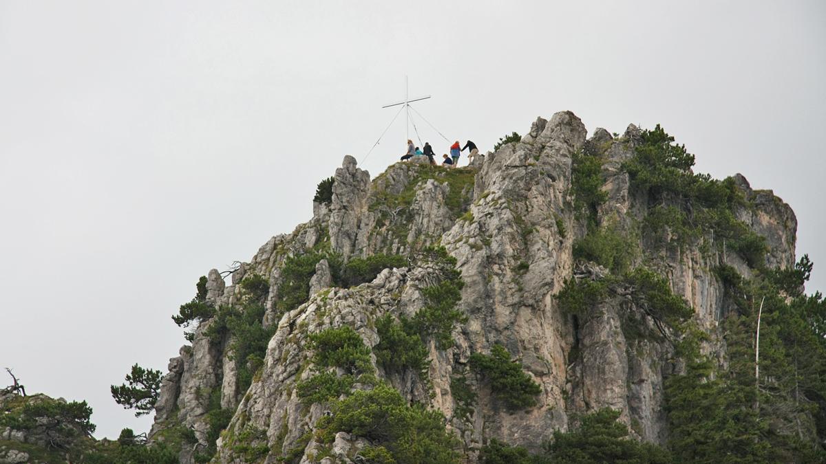 jede Menge los am Gipfel des Zinken