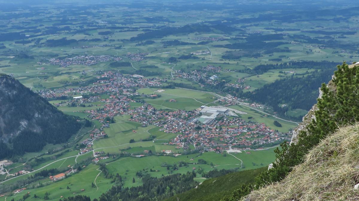 Pfronten vom Breitenberg aus gesehen