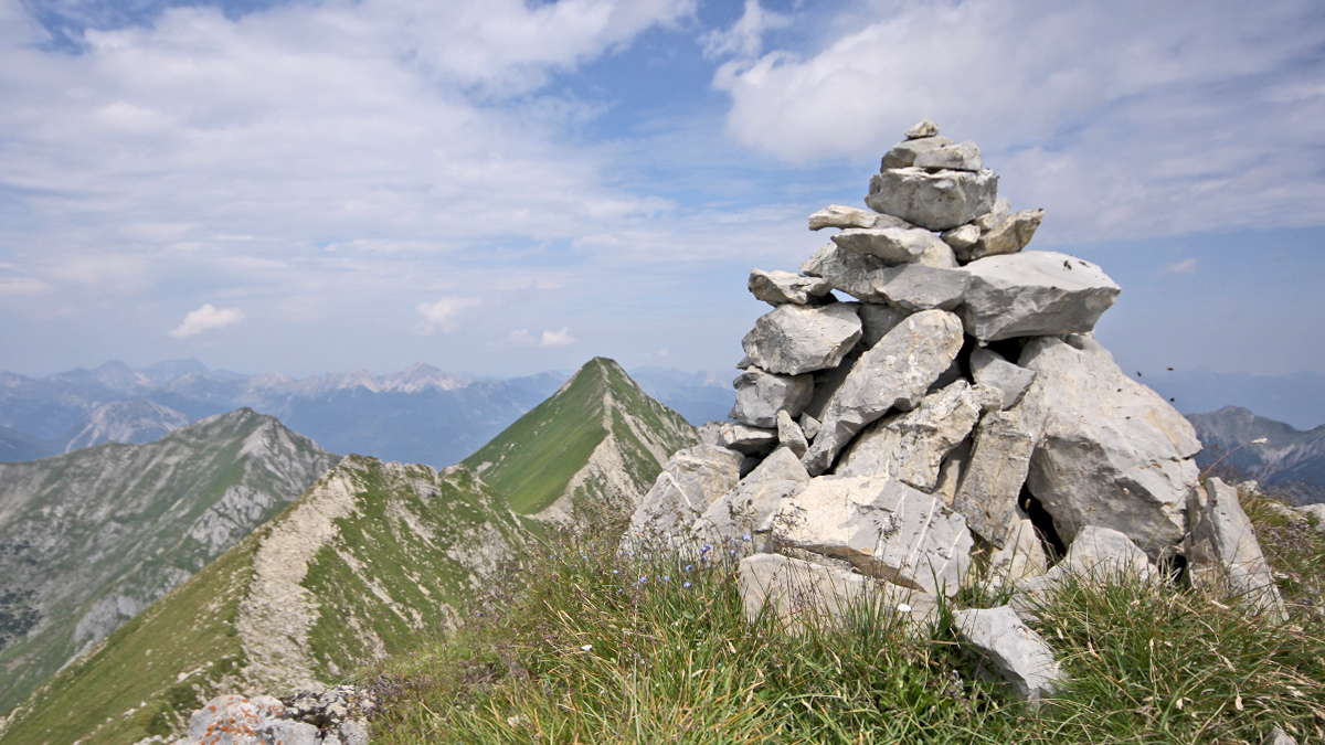 die Mittlere Kreuzspitze ziert eigentlich lediglich ein Steinmann
