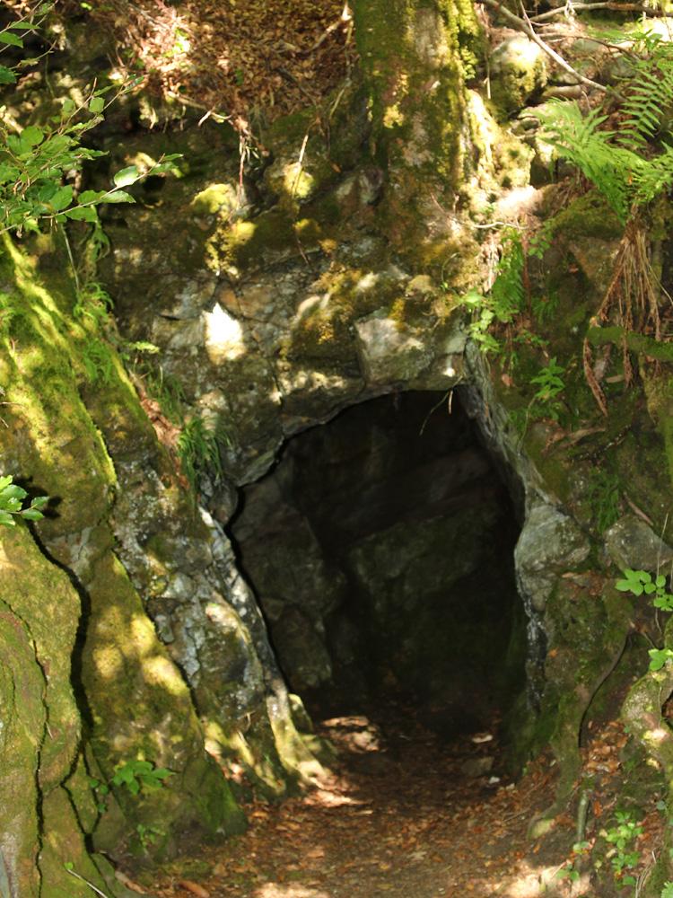 voikffy ochsenberg höhle jehlefelsen steinzeit