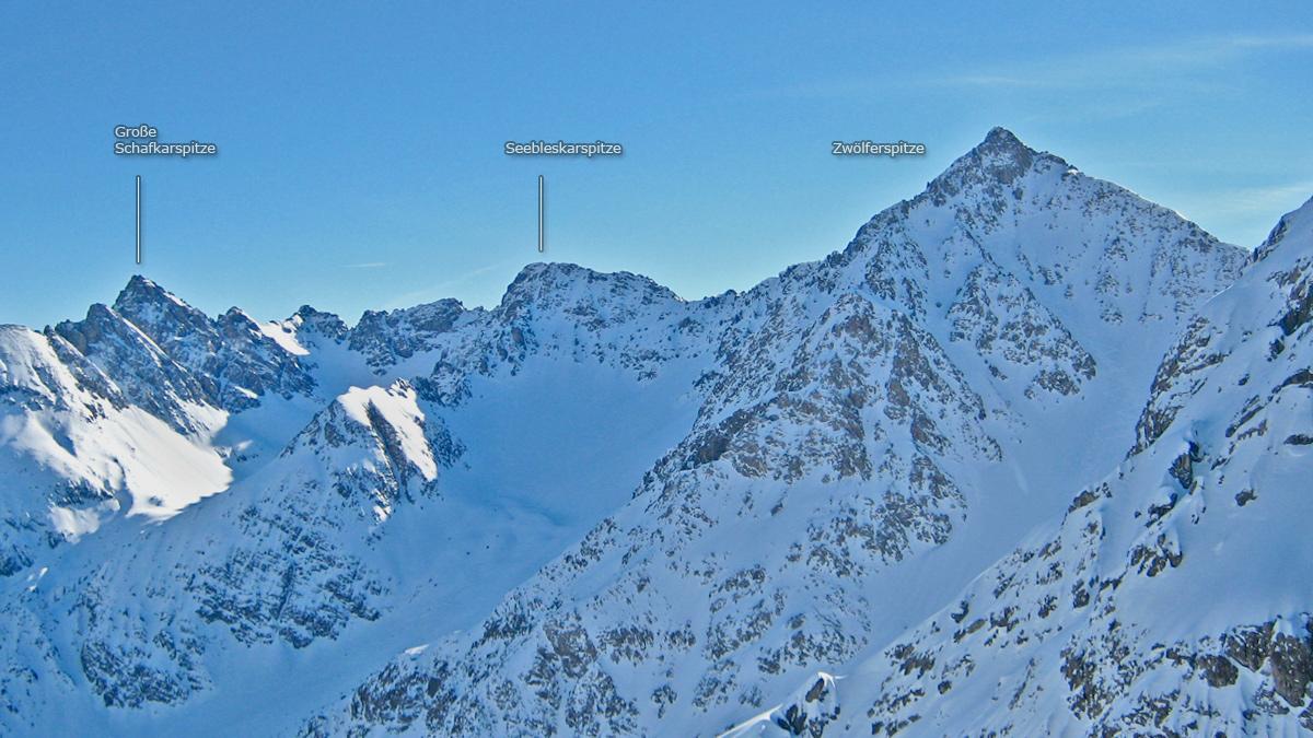 die Gipfelreihe über dem Grießtal