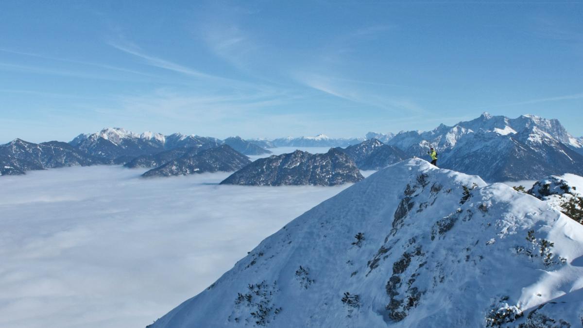 ein beeindruckender Gipfelblick von der Gaichtspitze gegen Osten