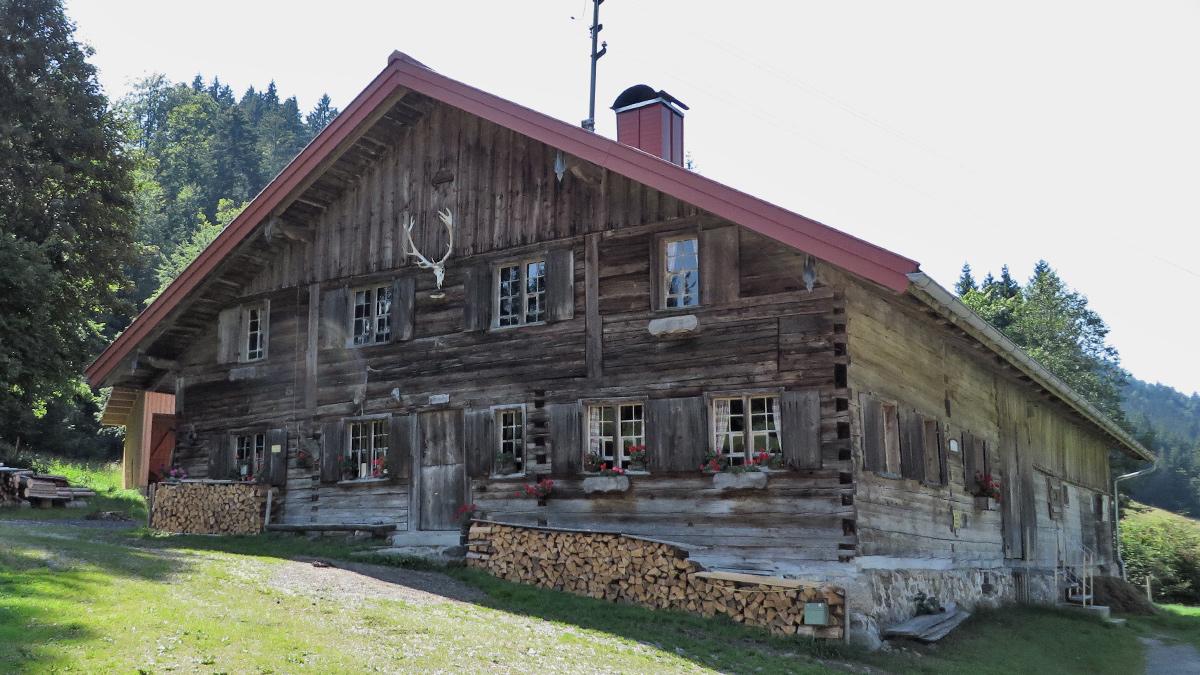 die Alpe Vorsäß bei Schönebuch im Aubachtal (Gunzesried-Säge)