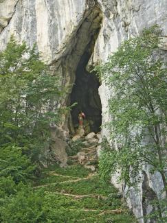 bärenhöhle oberammergau