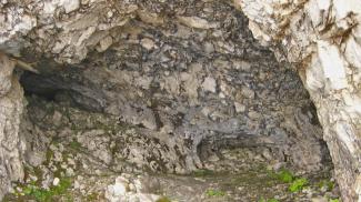 Geierkopf-Höhle