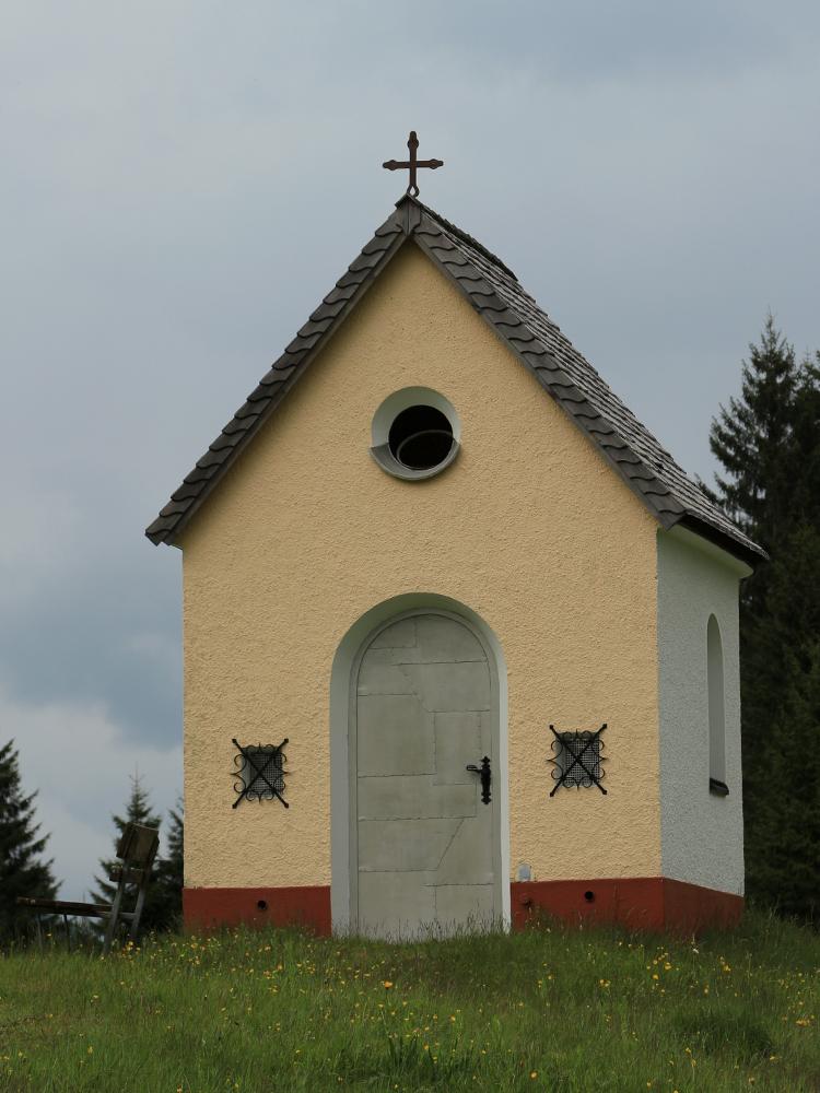 die Herz-Jesu-Kapelle bei Forchach