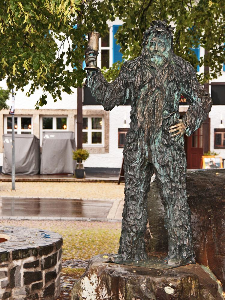 eine Symbolfigur aus dem angeblich über 2000 jährigen Wilde-Mändles-Tanz, eines aus keltischer? Vorzeit überlieferten Tanzes - er gilt als ältester Kulttanz der Alpenländer