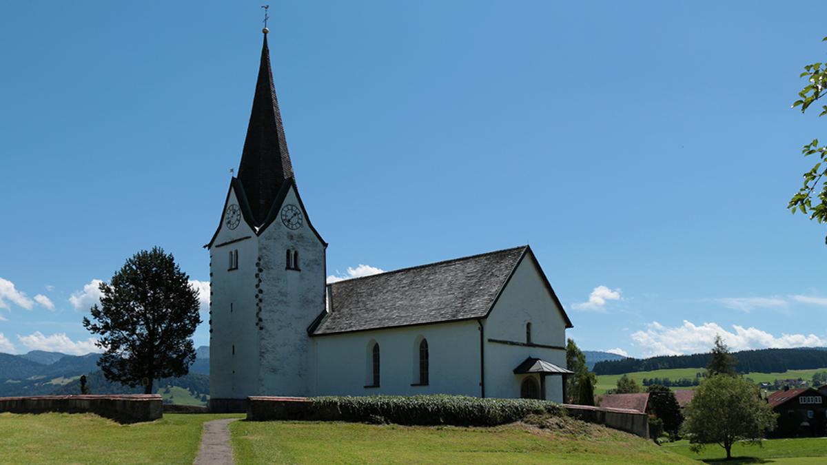 die Stephanskapelle an der Salzstraße in Genhofen unweit des Hahnschenkelpass