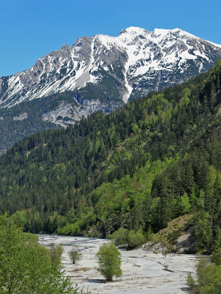 der Hornbach schwemmt jede Menge Geschiebe durch das gleichnamige Tal in Richtung Lechtal hinaus