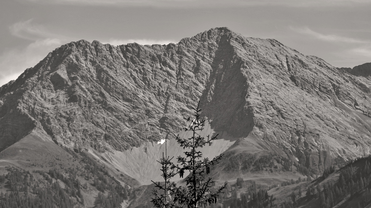 Ausblick zu der Saxerspitze von Norden