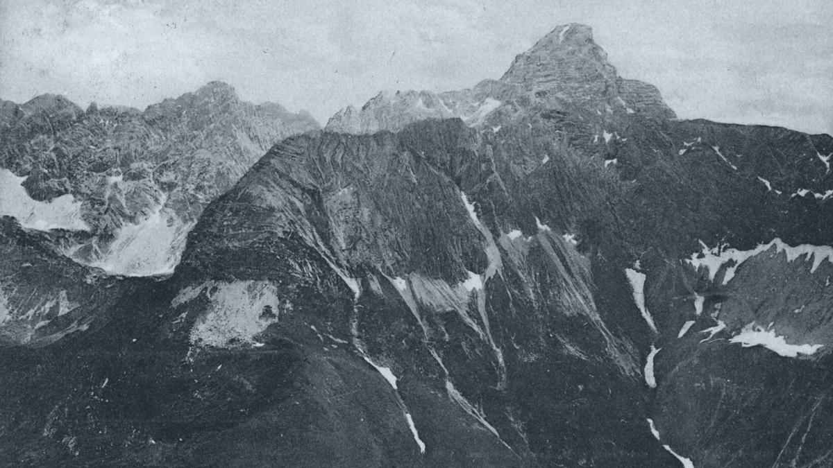 der Hochvogel vom Laufbacher Eck aus betrachtet - Aufnahme von etwa 1905