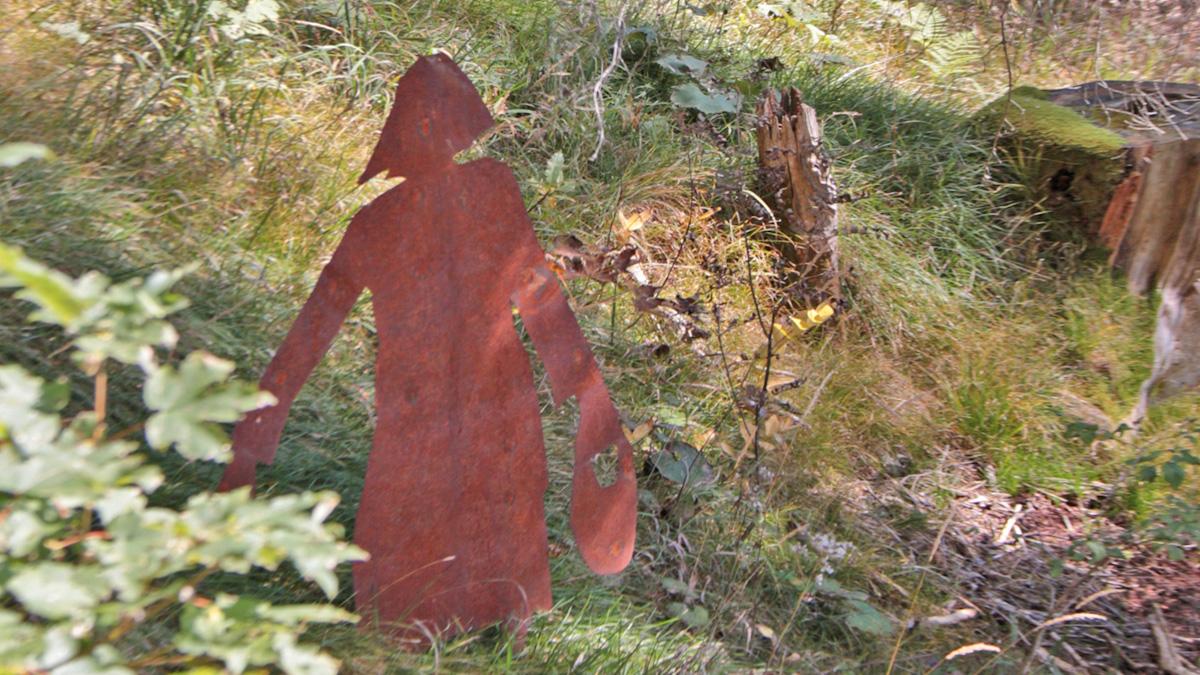 die wilden Fräulein bei der Arbeit im Wald