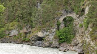 die 'Römerbrücke' bei Tösens
