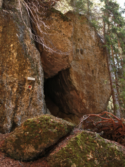Räuberhöhle am Hauchenberg