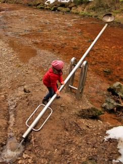 Duracher Wasserweg - Wasserschöpfen