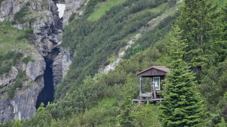 Jagdhütte am Schneeplatz