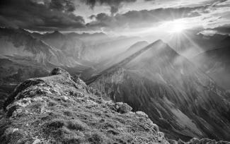 """2016/01 """"Berge in schwarz-weiss"""" (Platz 3)"""