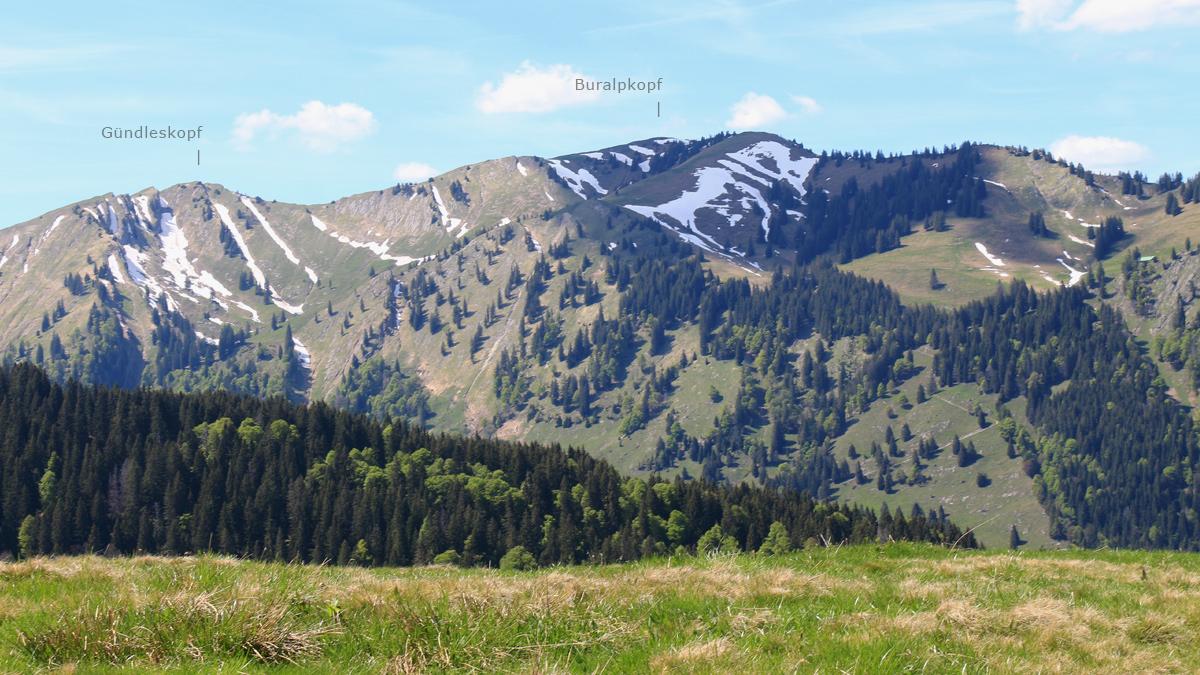 Gündleskopf und Buralpkopf von Süden gesehen