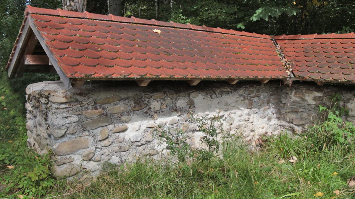 der Burgus Ahegg gehörte zum Donau-Iller-Rhein-Limes und wurde wohl Ende des 3. Jahrhunderts n. Chr. errichtet