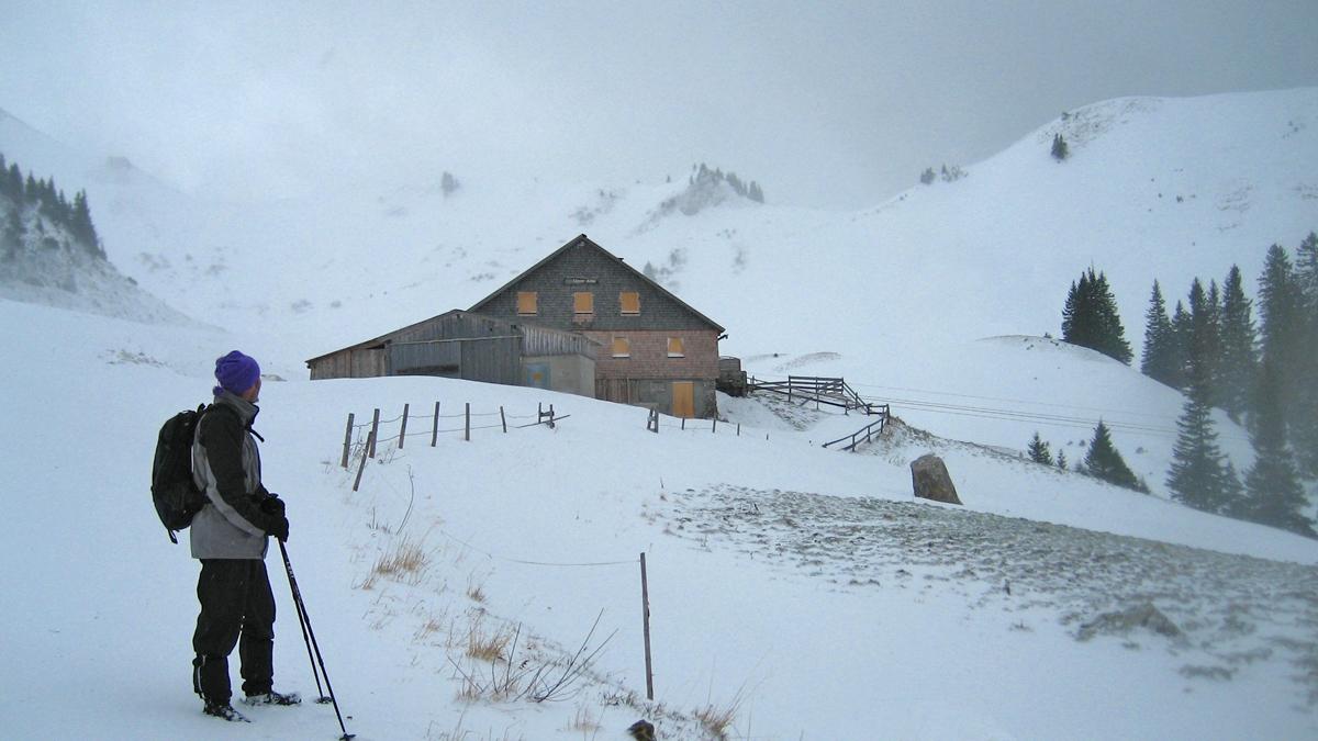 die Usseralpe hat im Winter geschlossen
