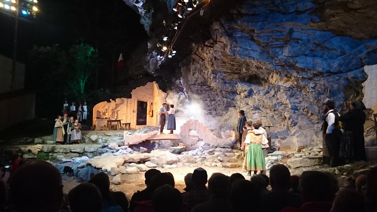 Aufführung des Stückes 'Anno 1800' im August 2018 auf der Geierwally-Freilichtbühne in Elbigenalp