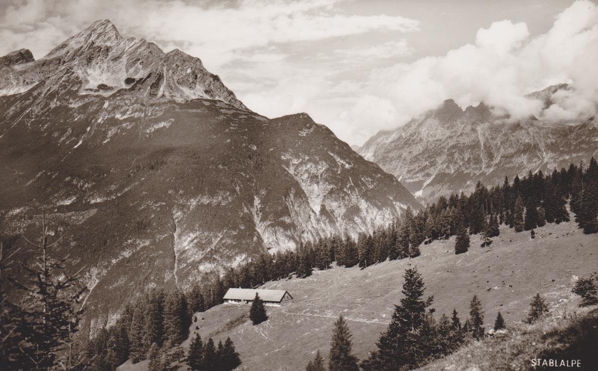 die Stablalm mit der Klimmspitze (hinten links) - Kunstverlag Franz Milz - etwa 1960er Jahre