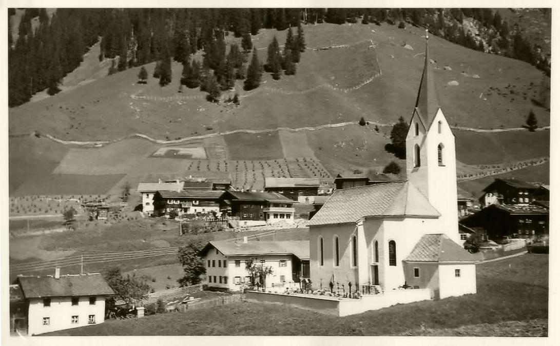 Pfarrkirche Hl. Johannes der Täufer in Gramais, 1963 - © Uli Schilcher