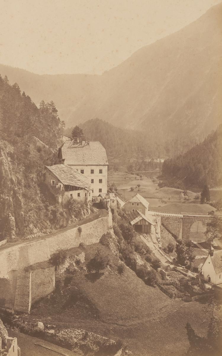 der 'Pass Fern bei Nassereit' (Tyrol) des renommierten Hofphotographen Bernhard Johannes (um 1880)