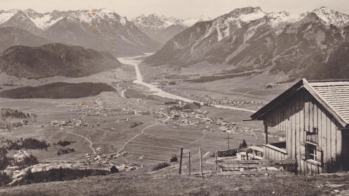 bei der Dürrenberg Alm - Blick auf den Reuttener Talkessel und den Lech - Verlag Foto-Kohlbauer (1930)