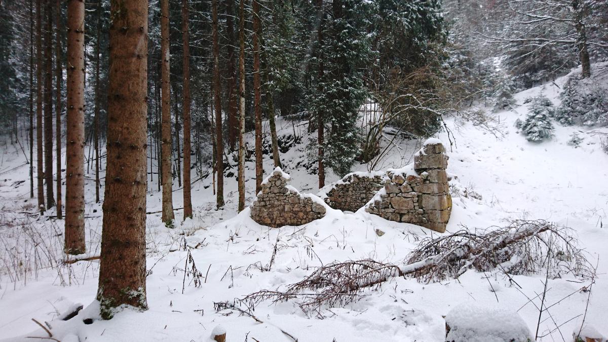 von der einstigen Lechschanze sind nur noch ruinöse Reste erhalten